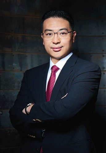 Dr. Johnny Hon