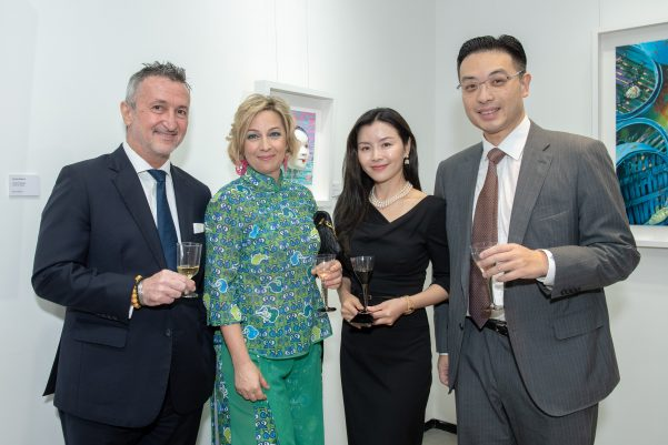 The Global Group and Dr. Johnny Hon were the proud sponsors of Argentine artist Carolina Kollmann's exhibition, Chinese Physiology 3D